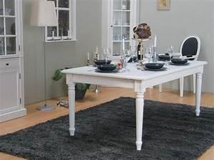 Cremewit tafel Mozart met 8 Rococo stoelen barok stijl