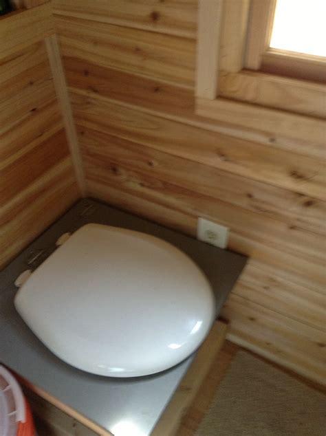 life   square feet   grid bathroom