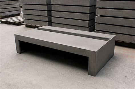 bureau sur tr eau meuble de jardin en béton ciré très original meuble et décoration marseille mobilier design
