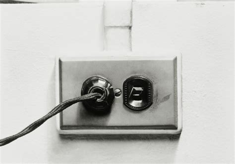 polarized receptacles