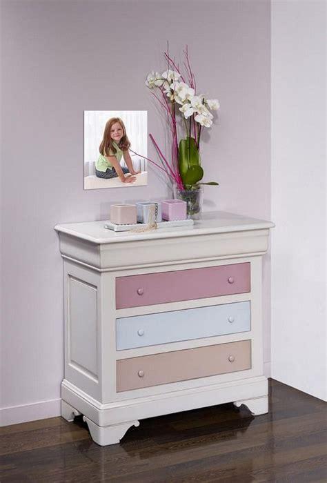 repeindre une chambre en 2 couleurs commode tiroirs caroline en merisier massif de style louis