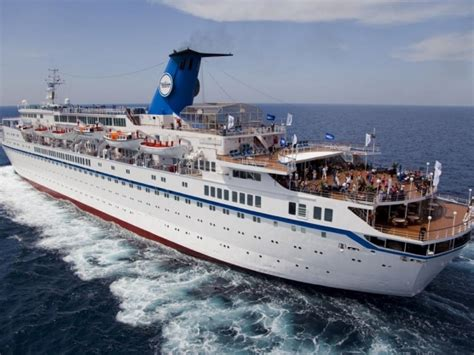 Gay Cruise Ship Jobs / ARENSPENDING.ML