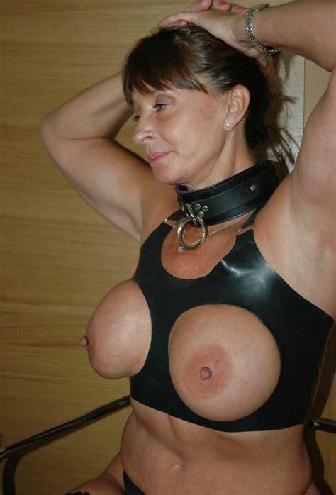 Big Tit New York Mature Mom 26 Pics