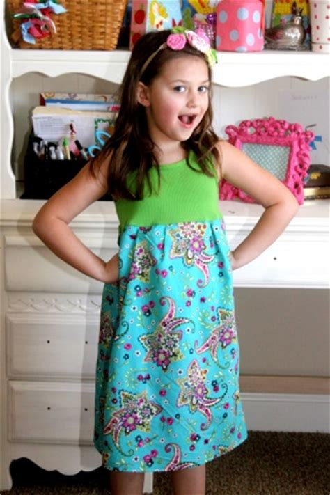 easy dressmaking projects    girl