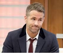 Ryan Reynolds e...