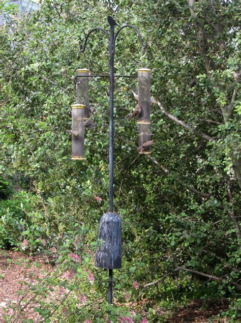 squirrel proof bird feeder root simple