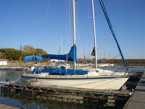 Perry Lake Kansas Boat Rental by O Day Sloop 30ft 1984 Lake Perry Kansas Sailboat For