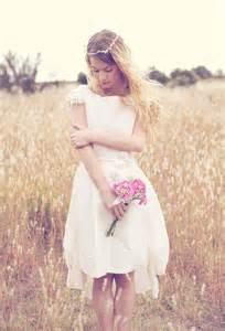 temoin mariage robe de mariée courte chetre