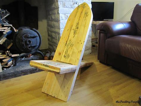 pallet viking chair with lichtenberg figure and glow in the dark resin pallets designs