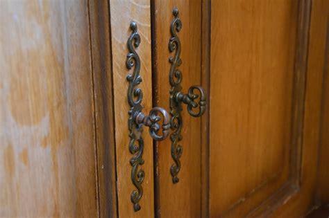 peinture v33 renovation meuble cuisine comment relooker une cuisine ancienne relooking cuisine