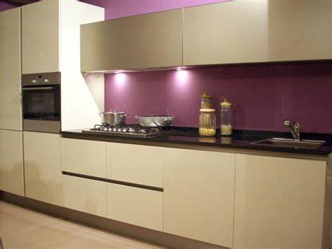 aubergine cuisine davaus couleur peinture aubergine avec des idées
