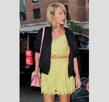 Taylor Swift Hot Celebs Home