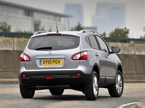 nissan qashqai 2011 nissan qashqai and qashqai 2 2011 prices and equipment carsnb