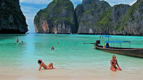 20 Best Places To Swim In The World