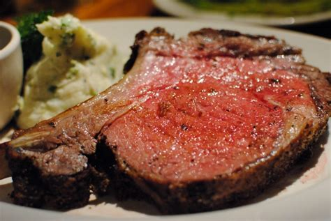 But in this case, impressive doesn't need to mean complicated. Gala Prime Rib Holiday Dinner | Bon Vivant