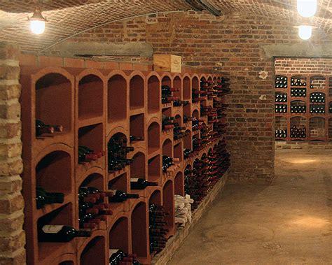 cuisine traditionnelle aménagements de cave à vin