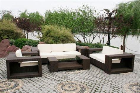 canap jardin design salon de jardin comment choisir le matériau du mobilier