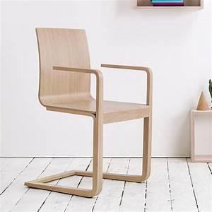 Tonne Aus Holz : mojo ton stuhl mit armlehnen aus holz mit sitz aus holz ~ Watch28wear.com Haus und Dekorationen