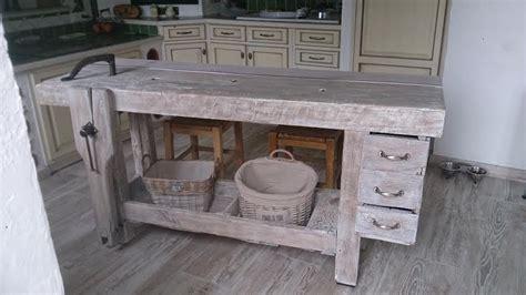etabli cuisine ancien établi de menuisier relooké en table de cuisine relooking de meubles anciens