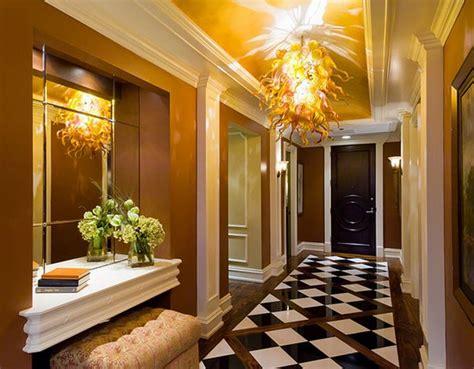chambre en bois massif décoration couloir peinture deco maison moderne