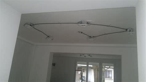 poser des spots au plafond pose plafond tendu et 233 clairage compatible quentin aisne picardie