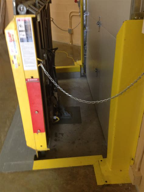 Vertical Storage Leveler Service Repair Installation