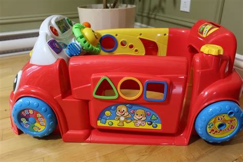 si e auto fisher price la voiture rires et éveil de fisher price jouet coup de