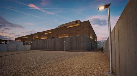 chambre nationale des commissaires priseurs presse le figaro un coffre fort géant au luxembourg