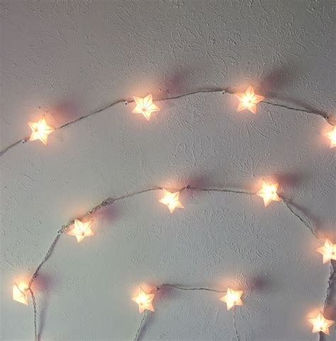 25  best ideas about Lights tumblr on Pinterest   Bedroom ideas for teens, College walls and Diy