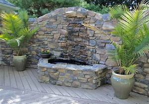 Gartenmauern Aus Stein : garten brunnen aus stein 30 ideen f r dekorative zierbrunnen ~ Michelbontemps.com Haus und Dekorationen