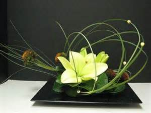 Simple Modern Green Floral Arrangements