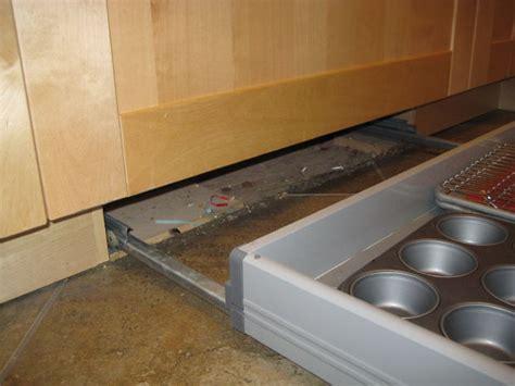 plinthe meuble cuisine ikea tiroir de plinthe cuisine ikea tubefr com