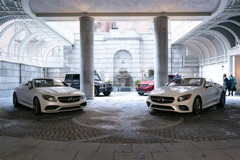 You can look at the address on the map. Mercedes-Benz Manhattan Hosts Luxury Event At 20 East End ...