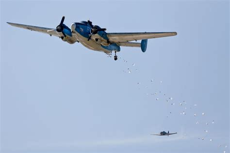 Candy Bomber Tens Of Thousands Gather For Candy Bomber S Orem Drop