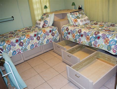 Small Room Double Bed Layout Ideas Design For Bedroom