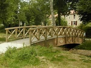 Pont En Bois Pour Jardin : petits ponts et passerelles tous les fournisseurs passerelle en bois de jardin passerelle ~ Nature-et-papiers.com Idées de Décoration