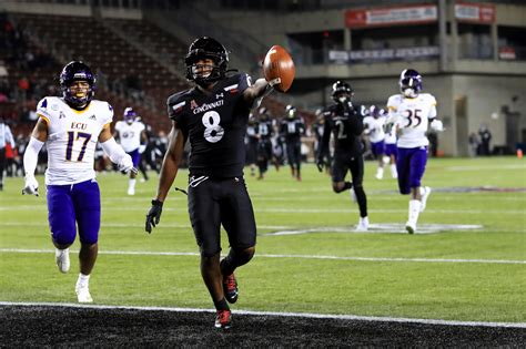 Ridder, No. 7 Cincinnati roll over East Carolina, 55-17 ...