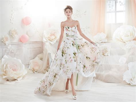 Blooming Trend! 25 Dreamy Wedding Dresses With Romantic