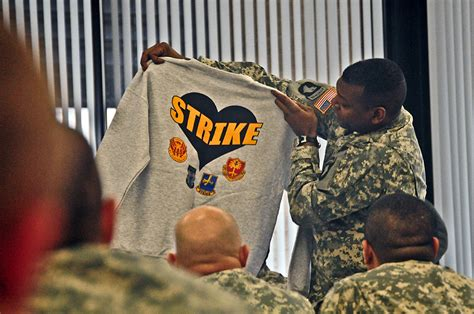 Fort Campbell's 2nd Brigade Combat Team, Strike Continues Family Bond With Wounded Warriors