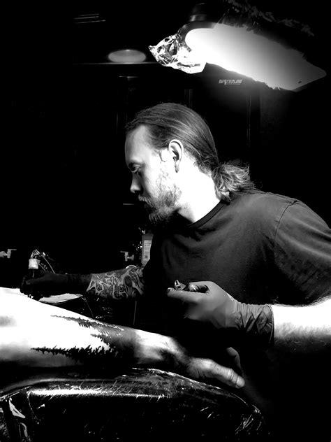 Dylan Jonze – Faces in the Dark Tattoo Shop