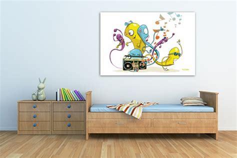 tableaux chambre enfant tableau d 233 co chambre enfant worms par vain tableaux