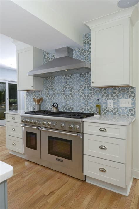 Kitchen Cabinets Images by Gray And White Painted Cabinets Kitchen Remodeling Photos
