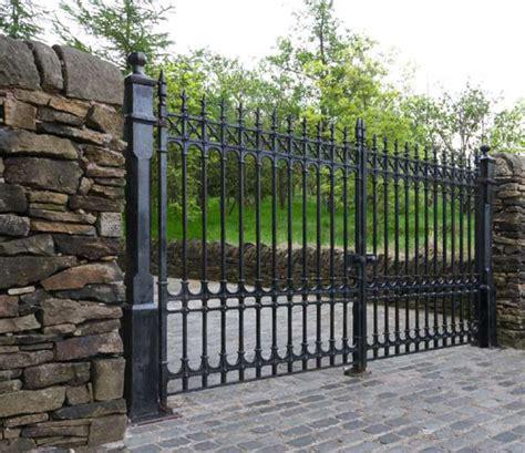 driveway gates colchester driveway gates 12ft pair 7ft height driveway gates