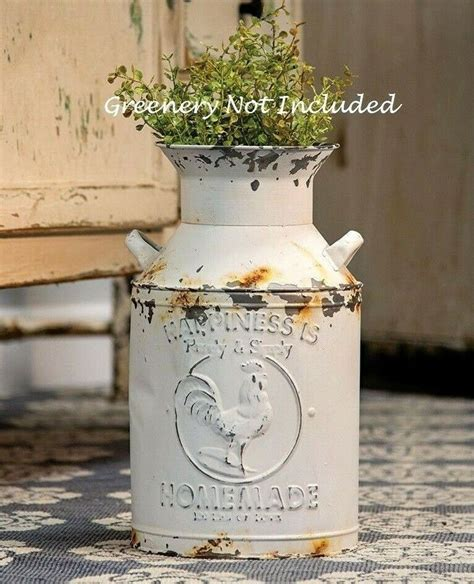 Chippy White Milk Can Rooster Farmhouse Distressed Rusty