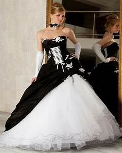 white and black wedding dress 2017 gothic ball gown With unique black and white wedding dresses