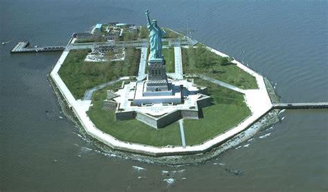 siege des nations unis la statue de la liberté présentée par jérémie la