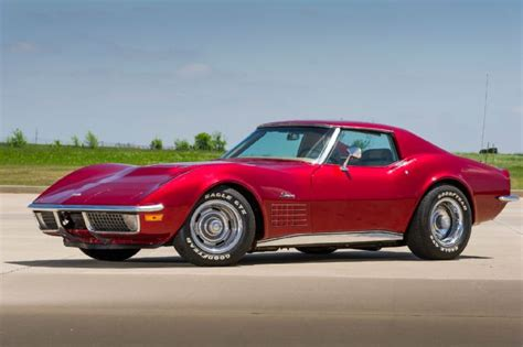 A 1971 Chevrolet Corvette That's Smooth As Glass