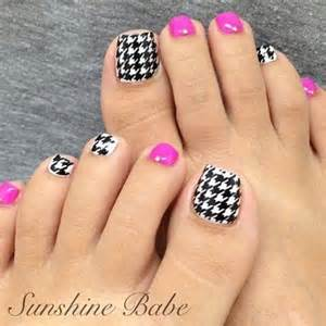 Cute pretty toe nail art designs noted list