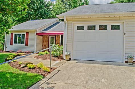 greenville sc homes  sale  creekdale court