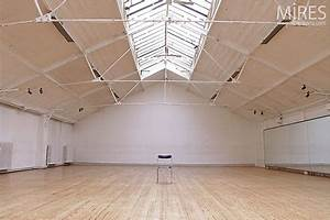 Salle de danse vide c0164 mires paris for Parquet de danse